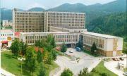 Пациент скочи от 9 етаж на болницата в Смолян и оцеля