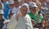 Папа Франциск призова всяка католическа църква да приеме семейство бежанци