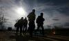 Бежанците носят милиарди за престъпни групи