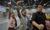 Млади протестиращи печелят избори в Хонконг