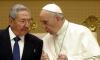 Папа Франциск връща Раул Кастро в църквата
