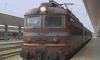 Локомотив удари вагони с пътници в Мездра