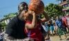 Шакил О'Нийл разкри баскетболни тайни на кубински деца (видео)