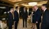 """Японският премиер """"четка"""" Тръмп с подаръци"""